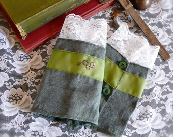 Inventor's Cuffs - Green with White Lace - Victorian Steampunk