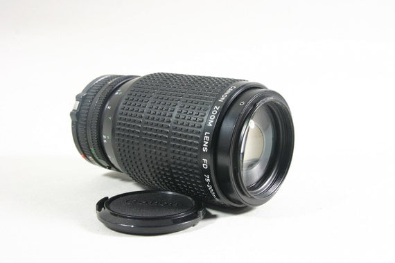 Canon f/4.5 75-200mm Automatic Zoom Lens (Fits F-1, Ae-1, Ae-1 Program, etc.)