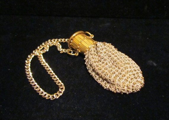 1920s Gate Top Purse Beggars Bag Small Change Purse Gold Tone Beaded RARE Very Good to Excellent Condition