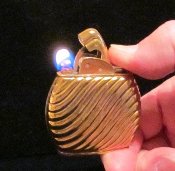 1940s Evans Kingston Lighter Cigarette Lighter Art Nouveau Working Lighter Excellent Condition
