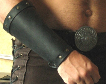 Medieval Celtic Viking Men-at-Arms Bracers Plain
