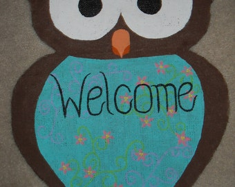Burlap Owl Welcome Sign