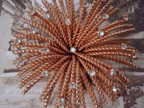 Starburst Fern Rope Rhinestone Gold Tone Brooch Pin