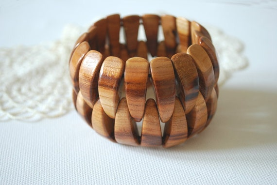 Plum wood bracelet-Eco friendly-Country style-Rustic wedding