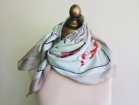 Silk scarf with botanical print 60s 70s subtle colors FREE SHIPPING