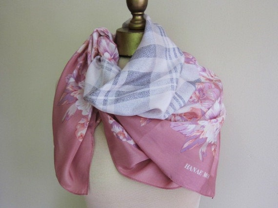 Hanae Mori silk scarf feminine and elegant large square