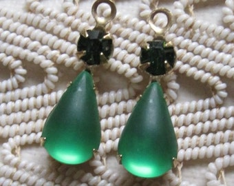 Emerald Green Multi Stone 22MM Brass Rhinestone Pear Teardrop