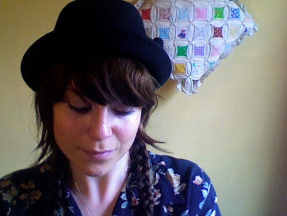 vintage black bowler derby hat with ADORABLE bow