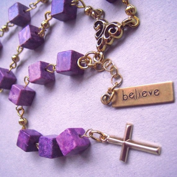 Prayer beads for healing / pocket chaplet / purple sugilite