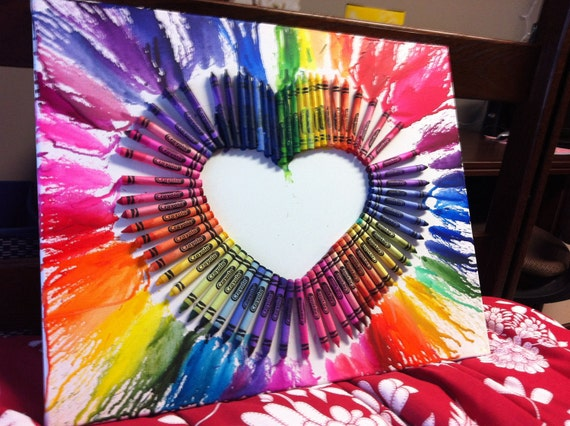 how to make melted crayon heart canvas