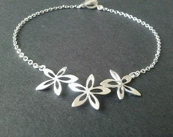 Narcissus Flower Bracelet -Bangle Bracelet,Friendship bracelet, Charm Bracelet, wedding bracelet- Silver or Gold