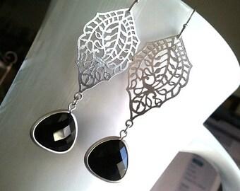 Black Earrings, Paisley Silver with Onyx Earrings, Drop, Dangle, Glass Earrings, bridesmaid gifts,Wedding jewelry