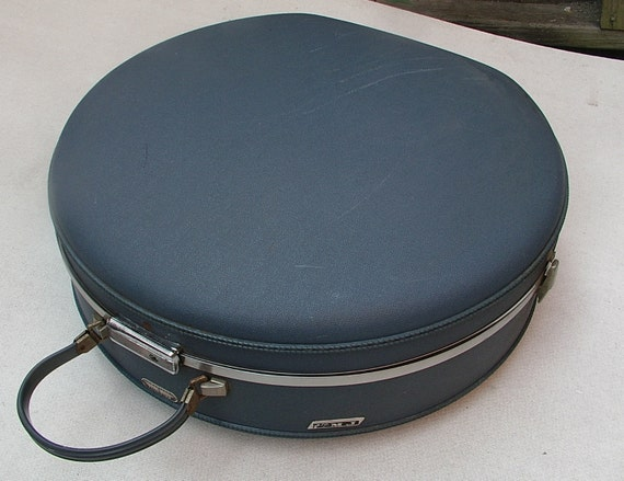 American Tourister Tri-Taper Round Suitcase Hard Shell Luggage Blue Vintage
