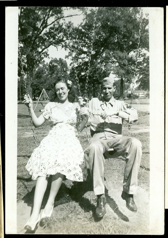 Vintage Photo: Swing with Me - WW2 Sweethearts, Soldier