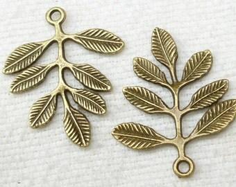 Seven Leaf Leaf Charm- Antiqued Bronze Tone (4) - A48