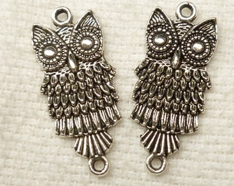 Silver Tone Feathered Owl Connector Charm Link (6) - S47
