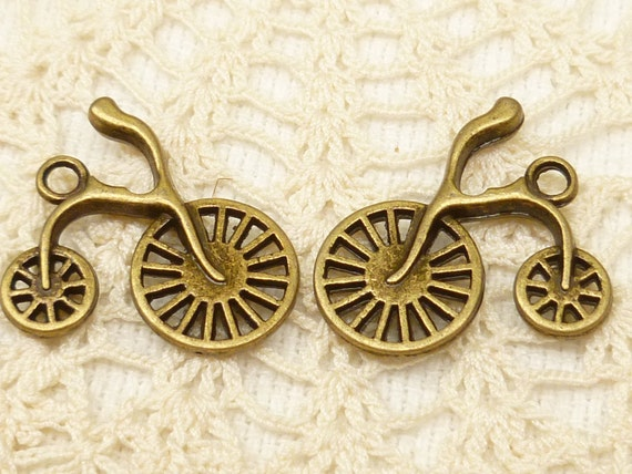 Penny-farthing  Old Fashioned Vintage Bicycle Bike Charms, Antique Bronze (8) - A2