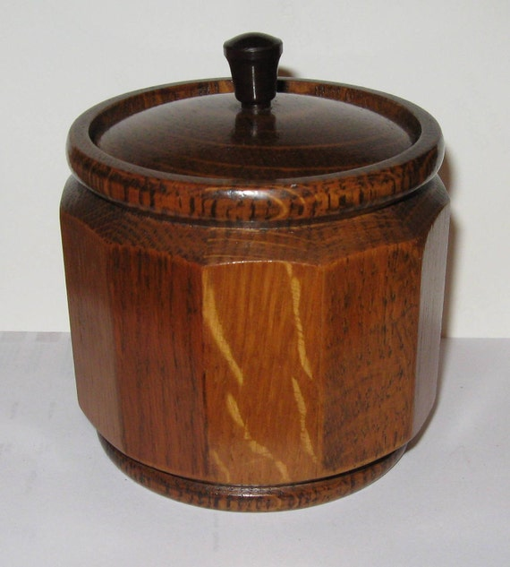 Vintage Twelve Sided 1950s Wooden Tobacco Humidor with Porcelain Insert   Made in England