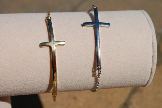Side Cross Bracelet SIlver