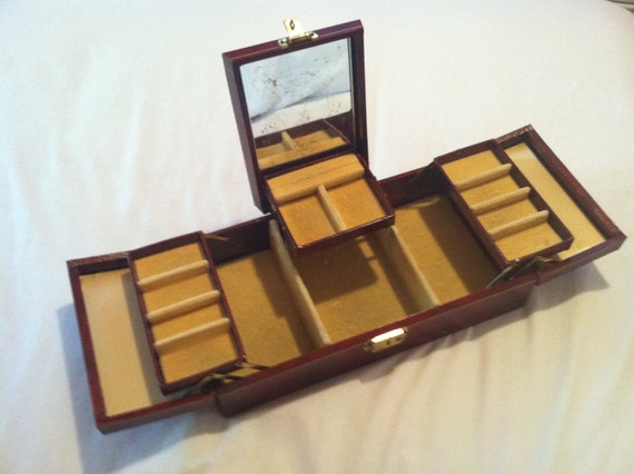 Vintage Fold Out Jewelry Box Mele Style Antique 60s
