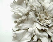 White flower leather pin brooch