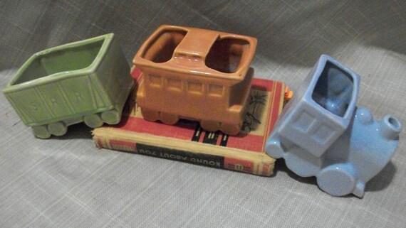Shawnee Pottery train - Toot toot it's train decor