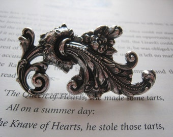 Venus- Silver plated knuckle duster