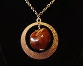 Chestnut and gold tone Vintage Necklace