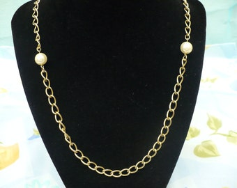 faux pearl and chain vintage necklace