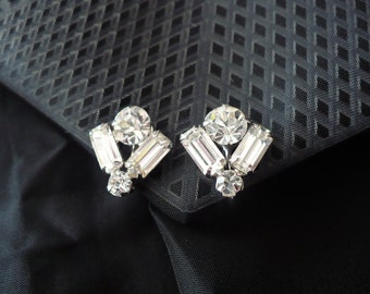 Baguette and round cut crystal earrings