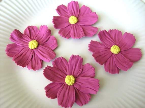 MAUVE COSMOS WILDFLOWERS  / Gum Paste Flowers  / Edible Cake and Cupcake Decorations