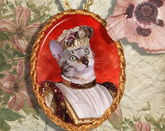 Tabby Bengal Cat Jewelry Pendant - Brooch Handcrafted Ceramic