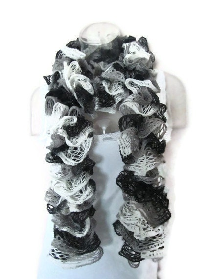 Cable Knit Hat Free Pattern : Handmade Ruffle Fashion Scarf Sashay Knitted Ruffled Scarf