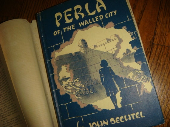 Perla of the Walled City Bechtel Guide Book  Manilla Walled City, Jesus Missionary 1946
