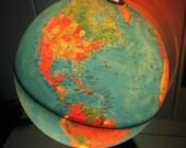 Vintage Illuminating Globe   C. 1982     Made In Italy