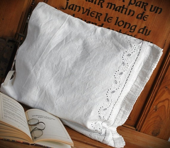 Cushion made of antique Transylvanian linen, plain sewing, linen embroidery pillow