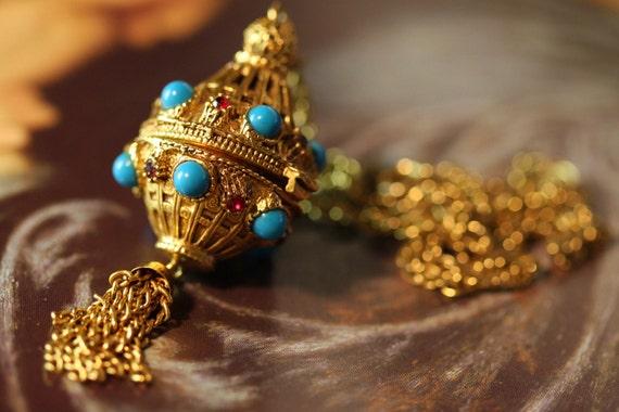 Florenza signed Jewelry 1950s Vintage Renaissance Jeweled Perfume Seduction Pendant