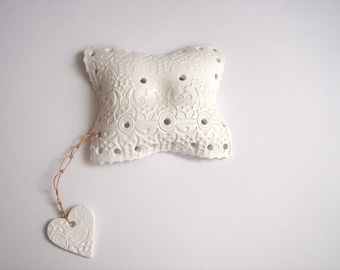 Ceramic Ring Bearer  Pillow Alternative