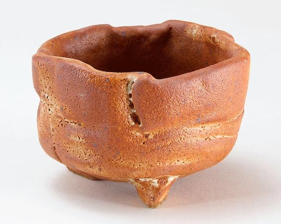 Stoneware TEA BOWL with SHINO Glaze