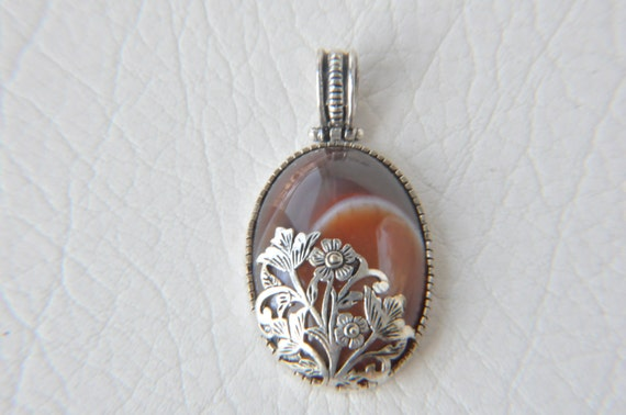 brown agate silver pendant  jewelry making materials. REF-672
