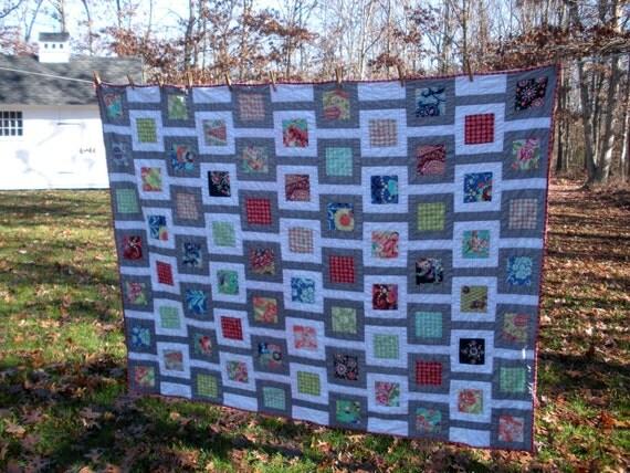 Contemporary throw quilt