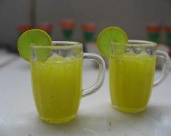 miniature ice lemon tea