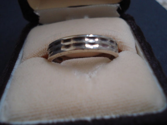 Classy Art Deco Style Sterling Band Ring Unique