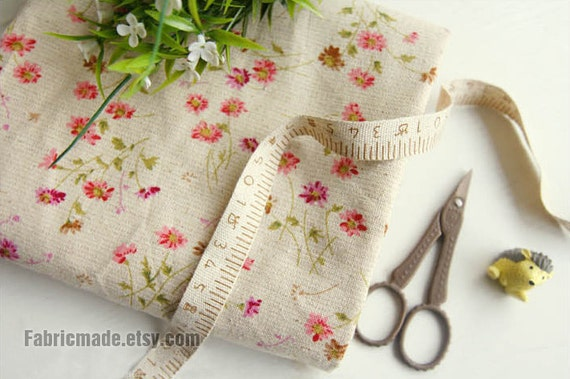 Little Daisy Floral Fabric Linen Cotton Shabby Chic Flower Pink Daisy on Beige Vintage Retro Style- 1/2 yard