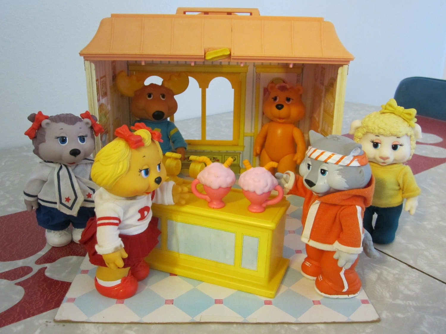 Boys Toys From The 80s : Get along gang hoofnagel s ice cream emporium or supper