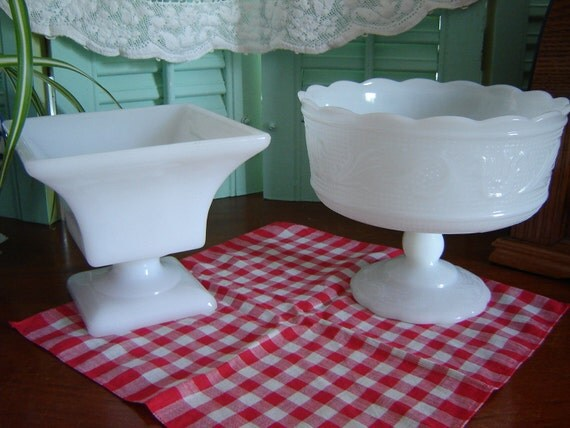 CLEARANCE/ Vintage Wedding Decor/ Housewares/ Milkglass Bowls