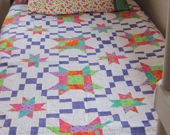 Bright and Beautiful Twin-sized Quilt with matching pillowcase