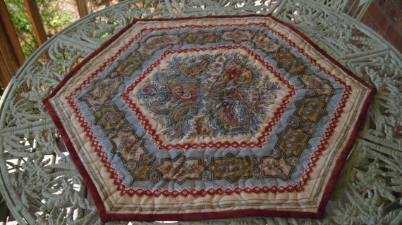 Paisley Table Topper