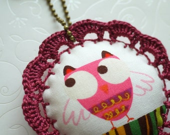 Birdie Charm with Crochet Lace (Purple)