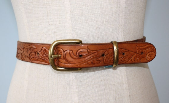 Vintage Brown Leather HAND TOOLED Belt // COWGIRL Western Belt Size Small